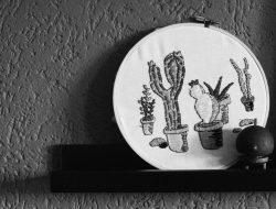 kaktus-kakteen-sticken-stickbild-stickrahmen-sw