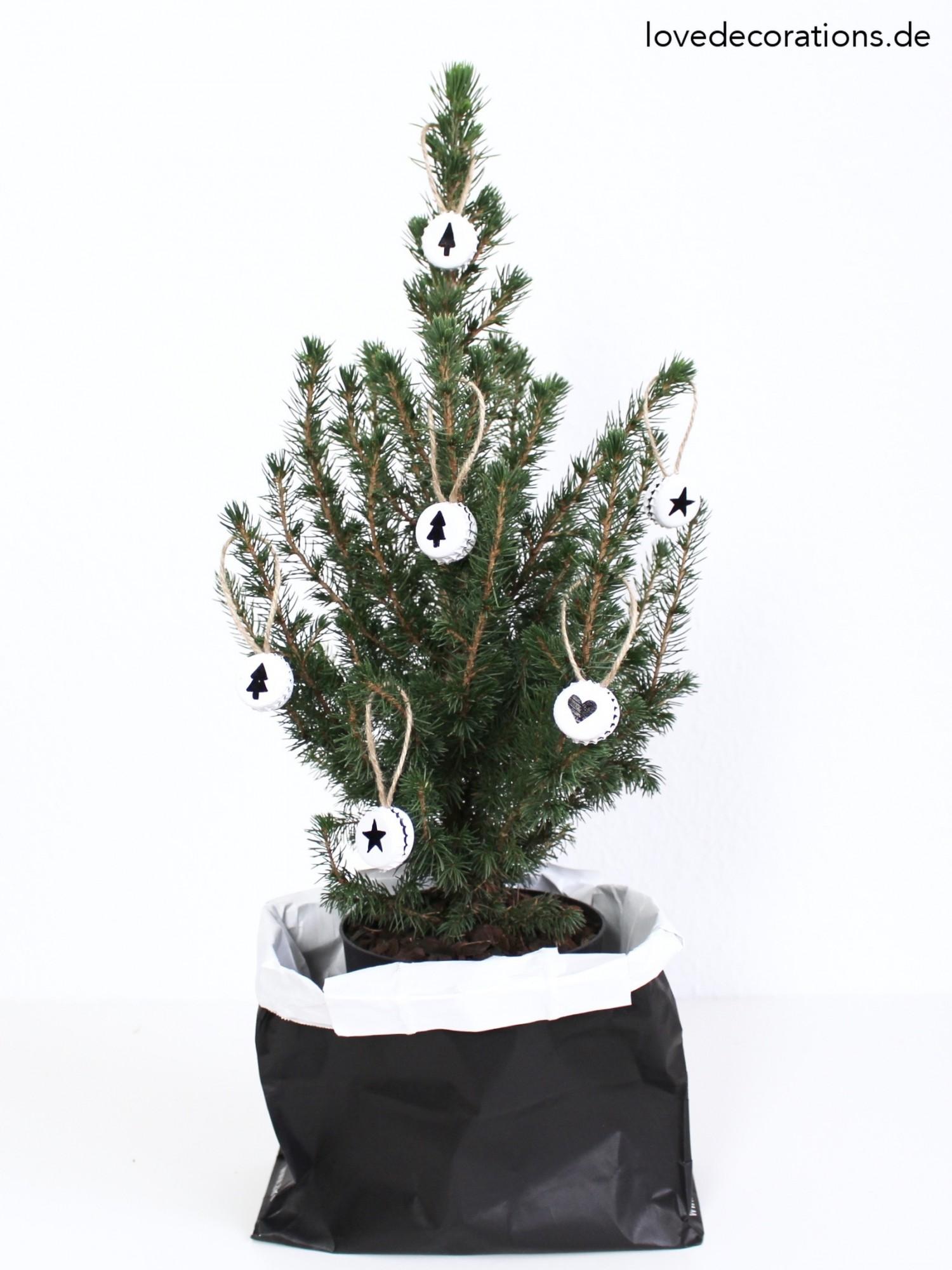 diy-weihnachtsanhaenger-aus-kronkorken-9