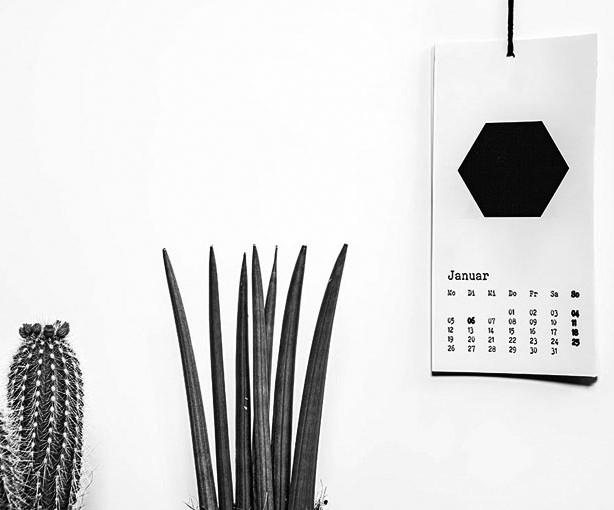Kalender 2015 Fee grau