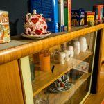 Küche, wohnküche gemütlich, alte Möbel, Grau, bunt, Design, Innenarchitektur