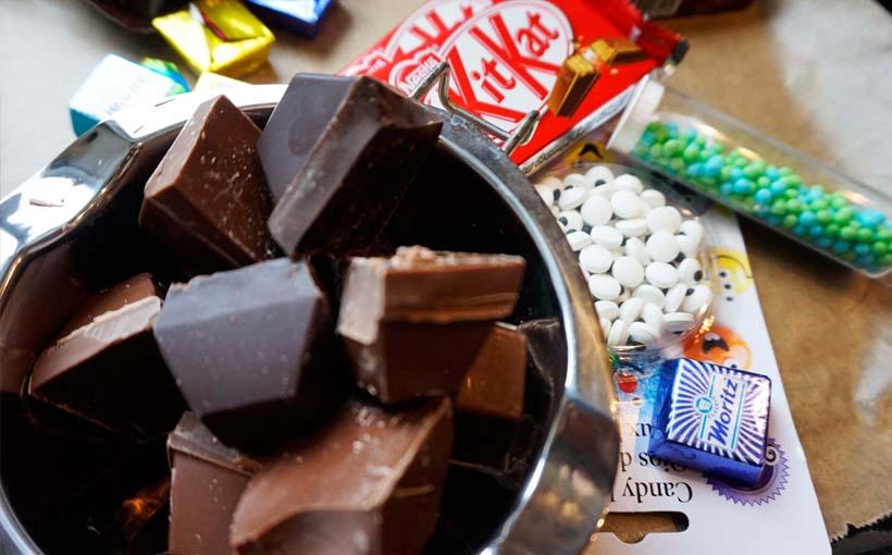 DIY Halloween Geschenk - eiskalte Schokoladen Hädnchen