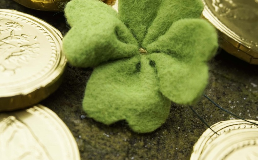 DIY St Patricks DAY Felt Shamrock 1