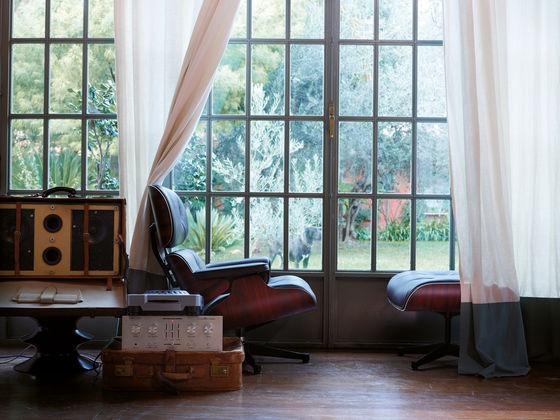 designklassiker eames lounge chair der schl ssel zum gl ck. Black Bedroom Furniture Sets. Home Design Ideas