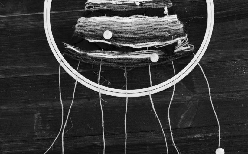 stickrahmen einmal anders diy gewebter wandbehang der schl ssel zum gl ckder schl ssel zum. Black Bedroom Furniture Sets. Home Design Ideas