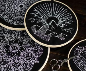sticken-embroyding-stitching-schwarz-weiss-black-white-mandala-adventure-nature-blackwork-11